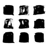 Reeks vierkante die vlekken van de borstelhand getrokken vector zwarte inkt op het wit wordt geïsoleerd vector illustratie
