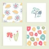 Reeks vierkante kaarten Hand getrokken creatieve abstracte bloemen Bloemen ontwerp? achtergrond, achtergrond, illustratie Kleurri Royalty-vrije Stock Afbeeldingen