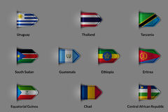 Reeks vlaggen in de vorm van een glanzende geweven etiket of een referentie Royalty-vrije Stock Afbeeldingen