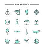 Reeks vlak ontwerp, dun lijnstrand en zeevaartpictogrammen Stock Foto's