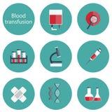 Reeks vlakke bloedtransfusiepictogrammen Stock Afbeeldingen