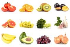Reeks vruchten en groenten op wit worden geïsoleerd dat Stock Foto