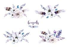 Reeks waterverf uitstekende bloemenboeketten met veer Boho spr royalty-vrije illustratie