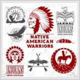 Reeks wilde het westen Amerikaanse Indische ontworpen elementen Zwart-wit stijl royalty-vrije illustratie