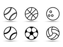 Reeks zwart-witte sportenballen Vector illustratie Vlakke stijl Schaduw stock illustratie