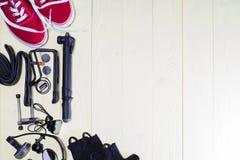 Reemplazos y herramientas de los artículos para un ciclo seguro Fotografía de archivo libre de regalías
