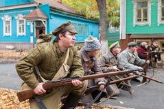 Reenactment de beväpnade handlingarna av den Czechoslovak legionen i Royaltyfri Fotografi