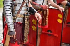 Reenactment med roman soldatlikformig arkivbild
