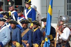 Reenactment: Svenska Carolean soldater från 1700 Royaltyfria Foton