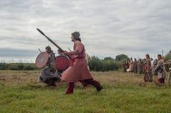 Reenactmenten av striden av eran av detTatar oket i den Kaluga regionen av Ryssland på 10 September 2016 Fotografering för Bildbyråer