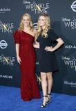 Reese Witherspoon och Ava Phillippe royaltyfri foto