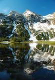 refclection βουνών Στοκ Εικόνες