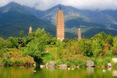 Refection Trzy pagody w Dal Zdjęcia Stock