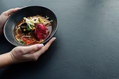 Refeição chinesa do fast food da receita caseiro dos Ramen fotografia de stock