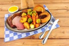 Refeição da carne assada no pudim de Yorkshire fotos de stock royalty free