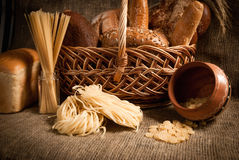Refeição saudável com pão, cereais Imagem de Stock
