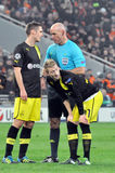 The referee talks with the players of Borussia Royalty Free Stock Photography