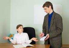 Referent und Schulmädchen Lizenzfreie Stockfotos