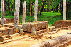Refettorio principale del monastero di Abhayagiri, patrimonio mondiale dell'Unesco dello Sri Lanka Fotografia Stock Libera da Diritti