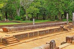 Refettorio principale del monastero di Abhayagiri, patrimonio mondiale dell'Unesco dello Sri Lanka Fotografie Stock Libere da Diritti