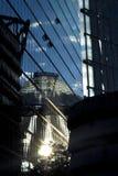 Refflections солнца в центре Берлина Сони стоковые фото