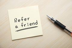 Refiera a un amigo Fotos de archivo libres de regalías
