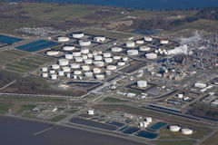 Refinaria de petróleo do som de Puget Foto de Stock