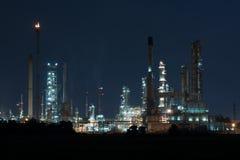 Refinaria de petróleo, instalação petroquímica Fotos de Stock