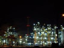 Refinería de petróleo Fotos de archivo libres de regalías