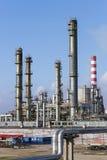 Refinería de petróleo Imágenes de archivo libres de regalías