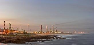 Refinería de petróleo 3 Foto de archivo libre de regalías
