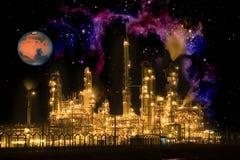 Refinería de petróleo intergaláctica fotos de archivo libres de regalías