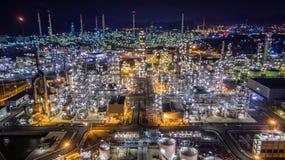 Refinería de petróleo de la visión aérea Foto de archivo libre de regalías
