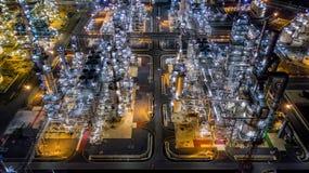 Refinería de petróleo de la visión aérea Foto de archivo