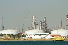 Refinería grande de la fábrica, Andaluc3ia, España. Imagen de archivo