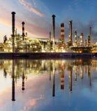Refinería del petróleo y gas, industria de poder Imagen de archivo libre de regalías