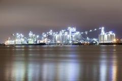 Refinery illuminated at night Royalty Free Stock Photography