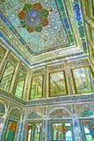 Reflétez les décors dans le palais de Naranjestan, Chiraz, Iran Photographie stock