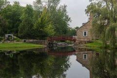 Reflecctions i vattnet royaltyfri foto