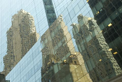Reflecting Glass Building Royalty Free Stock Photography