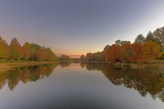 Reflection of autumn colours Royalty Free Stock Photo