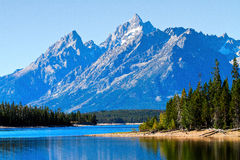 Reflection of mountain and trees on the Lake royalty free stock photography