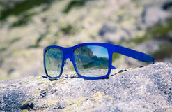 Reflection in sunglasses Royalty Free Stock Photos