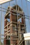 refleksje wieży kościoła zdjęcia royalty free
