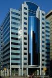 reflekterande blå byggnad Fotografering för Bildbyråer