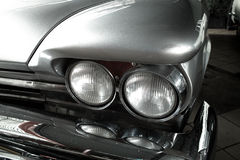 Reflektoru stary samochód Zdjęcia Stock