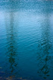 Reflexão abstrata da água Fotos de Stock