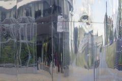 Reflexão brilhante da parede do ferro Fotos de Stock