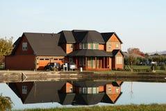Reflexão da casa Foto de Stock
