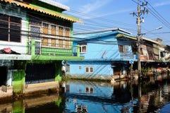 Reflexão da casa em inundações Imagem de Stock Royalty Free